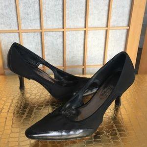 Joan & David CJ Donella Black Heels SZ 7 M